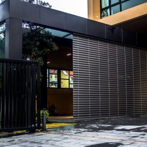 custom external venetian blinds black color